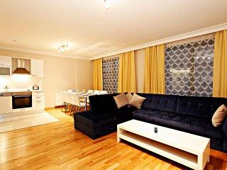 2BDR DUPLEX RESIDENCE TAKSIM  II - Istanbul vacation rentals