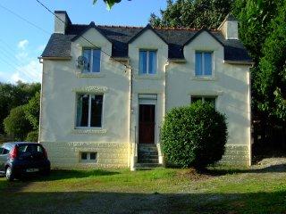 Tirnanog -Ideal Family Holiday Home! - Spezet vacation rentals