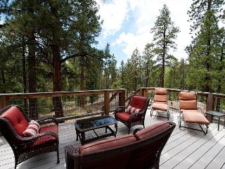 Luxury Mountain Home - Hot Tub, Fire Pit, Large Deck - 3 Miles to Purgatory - Durango vacation rentals