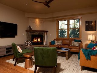 Largest Black Bear Townhome - Ping Pong Table - on Demand Ski Shuttle - Durango vacation rentals