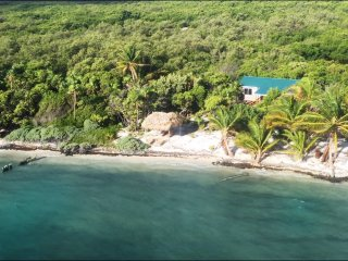 2 bedroom House with Kettle in Long Caye - Long Caye vacation rentals