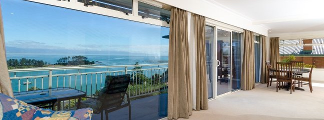 Floating on Fifeshire - Premium Waterfront Position Townhouse Apartment - Moana vacation rentals