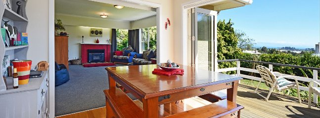 4 bedroom Apartment with Dishwasher in Tahunanui - Tahunanui vacation rentals