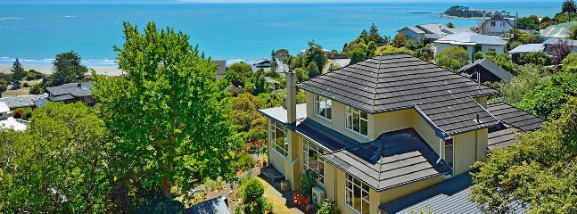 Casa Kia Ora Holiday Home - Nelson Tahunanui Beach & Sea Views! - Moana vacation rentals