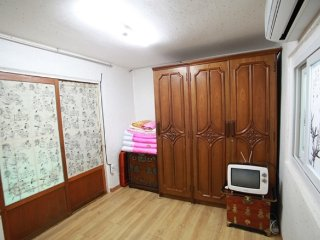Two small rooms of Wansan Hanok - Jeonju vacation rentals