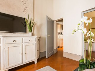 Canto degli Scali, Briga One-Bedroom Apartment - Florence vacation rentals