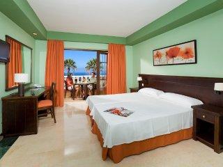 Deporte Deluxe Zimmer, 2 persons - Callao Salvaje vacation rentals