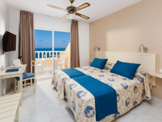 Flamingo Doppelzimmer, 3 persons - Guia de Isora vacation rentals
