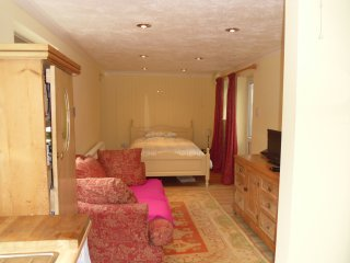 Cosy annex in peaceful village nr Skegness/Spilsby - Spilsby vacation rentals