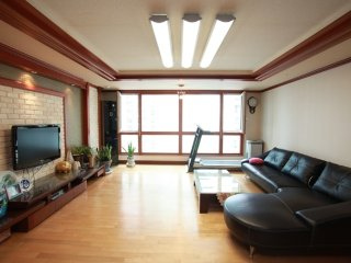 Comfortable 3 bedroom Busan House with Internet Access - Busan vacation rentals