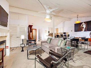 2 bedroom Apartment with Television in Solana Beach - Solana Beach vacation rentals