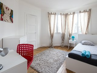 Spacious 3-BR Apt in South Paris - Montrouge vacation rentals