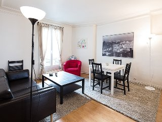 Cozy 2 bedroom Apartment in Vanves with Internet Access - Vanves vacation rentals