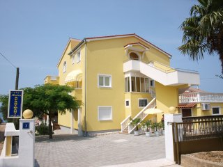 Modern 2-bedroom apartment directly on beach! - Biograd na Moru vacation rentals
