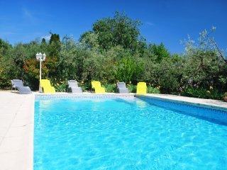 Gîte 6/7 pers avec piscine à 10' de Nîmes - Bezouce vacation rentals