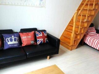 Bright 4 bedroom Condo in Busan - Busan vacation rentals