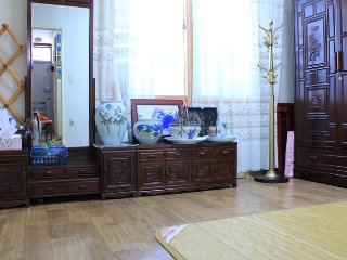 Bright 7 bedroom House in Daegu - Daegu vacation rentals