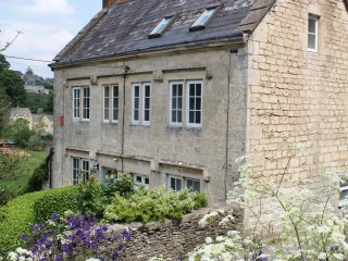 Cosy, Unique Grade 2 listed Cottage, Walkley  Wood - Nailsworth vacation rentals