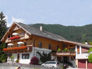 Buchauer.Tirol A1, 2 adults 2 kids, bathing lake and ski area - Thiersee vacation rentals