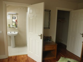 1 bedroom House with Satellite Or Cable TV in Ballydavid - Ballydavid vacation rentals