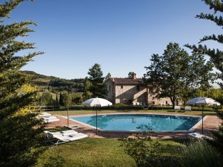 Comfortable 7 bedroom Villa in Montepulciano with Internet Access - Montepulciano vacation rentals