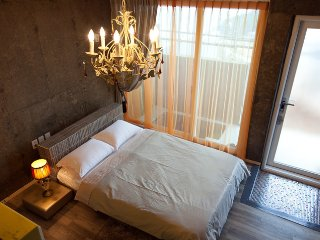 Vintage and mordern style, private building with 1,2 layer, ocean view, with jaccuzi. etc. - Namhae vacation rentals