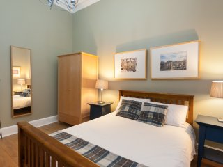 The Haymarket Terrace Residence - Edinburgh vacation rentals