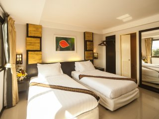 Romantic 1 bedroom Condo in Talat Yai - Talat Yai vacation rentals