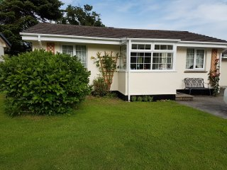 ROSECRADDOC 2 BED BUNGALOW BY RIVER SUIT 2COUPLES - Liskeard vacation rentals