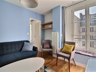 Chez Colisée Charming and Comfortable - Paris vacation rentals