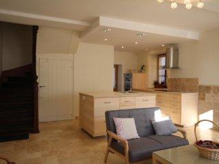 La Maison d'à Côté, un gîte tout confort - Saint-Amand-en-Puisaye vacation rentals