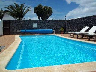 Nice 2 bedroom Tahiche Condo with Internet Access - Tahiche vacation rentals