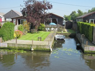 Watersedge Cottages, Riverside, Brundall - Brundall vacation rentals