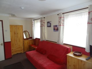 Holiday Apartment 8 in Blackpool Sleeps 6 People - Blackpool vacation rentals