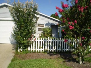The Villages Fully Furnished Golf Cart CHEAP - The Villages vacation rentals
