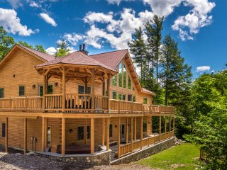 Luxury Riverfront Cedar Log Home in Western Maine - Newry vacation rentals