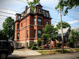 Historic Gem in Staten Island - Staten Island vacation rentals
