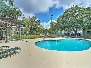 Beautifully Furnished 1BR Condo in Ocean Springs w/Wifi, Marina & Pool Access - Minutes to Biloxi, Gulfport, Beaches, & More! - Ocean Springs vacation rentals