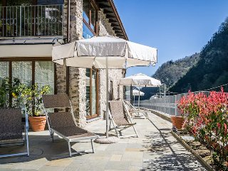 Bright Condo with Internet Access and A/C - Fabbriche di Vallico vacation rentals