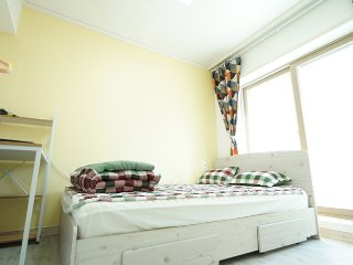 [NEW] D, For 2 ppl, In front of the Gwangju Station, Fantastic Location - Gwangju vacation rentals