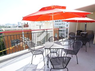 [NEW Gwangju Guesthouse]] Male Dorm, For 6 ppl, 7 Mins of foot from Gwangju Station - Gwangju vacation rentals