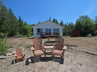 2 bedroom Cottage with Deck in Wiarton - Wiarton vacation rentals