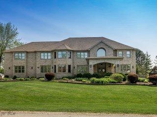 Fantastic Huge Home, Heated Pool 8 bedrooms & MORE - Bloomingdale vacation rentals