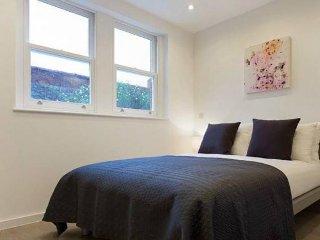 Cozy 2 bedroom Apartment in Aix-les-Bains with Internet Access - Aix-les-Bains vacation rentals