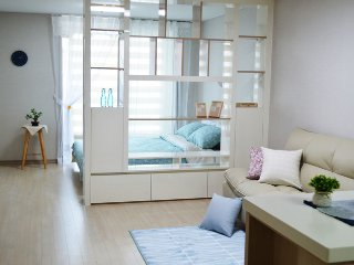 Cozy&shinee blue House in Daegu - Daegu vacation rentals