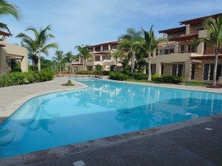 CASA PATRICIA ISLA PALMERAS - Nuevo Vallarta vacation rentals