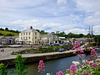 3 Waterwheel Apartments located in Charlestown, Cornwall - Saint Austell vacation rentals