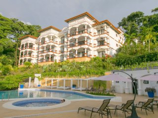 Shana Residences 3Br: Sea-Views & Walk-to-Beach! - Manuel Antonio vacation rentals