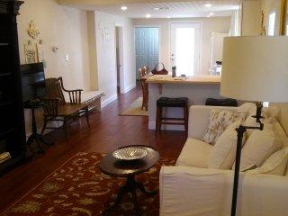 2 bedroom House with Washing Machine in McKinney - McKinney vacation rentals