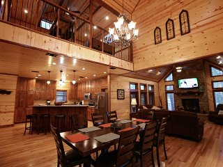 Treasured Times Luxury Cabin near Broken Bow Lake - Broken Bow vacation rentals